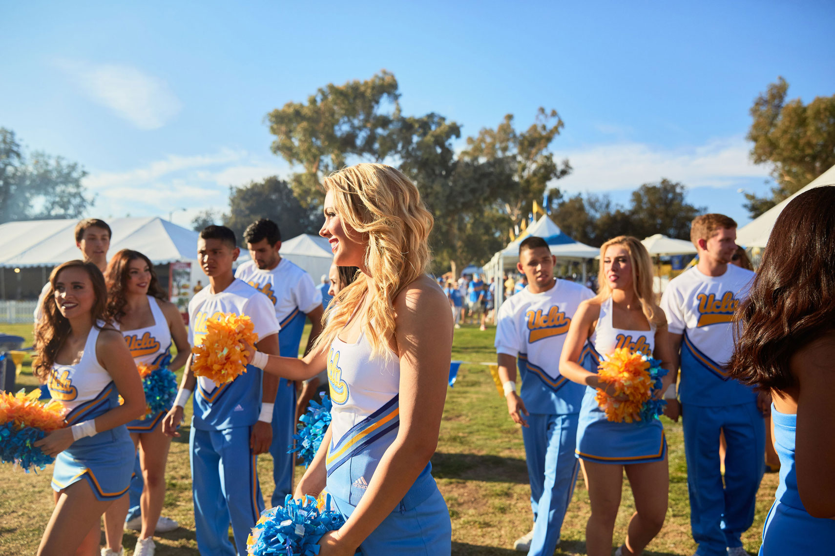 141004_UCLA_GAMEDAY_2C1B0083_OG